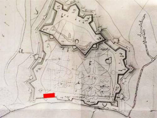 Карта крепости Измаил 1855 года. Красным отмечено место, где идут работы